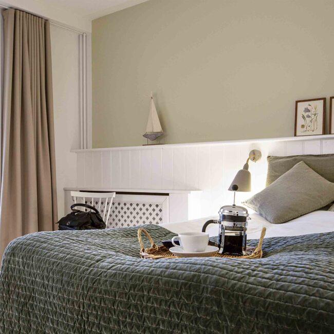 Hotelværelse dobbeltseng